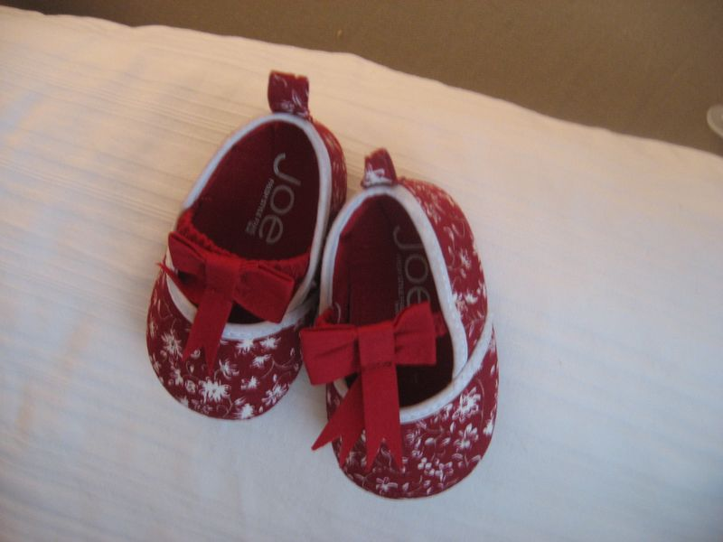 Tiny-red-shoes