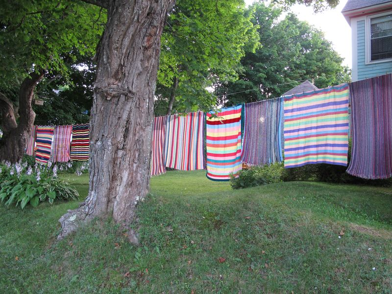 Striped-blankets-on-clothesline-4