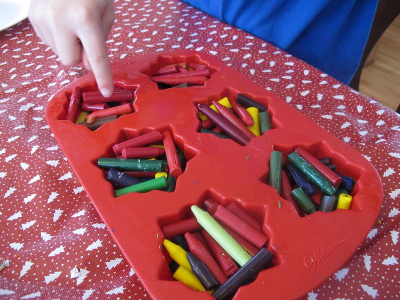 Crayon-filled-silicon-molds