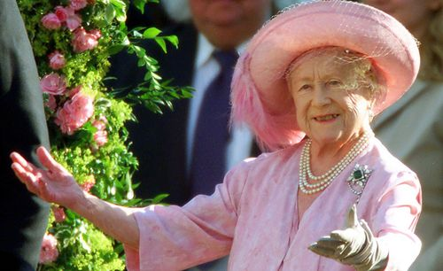 Queen-elizabeth-the-queen-mother-at-100