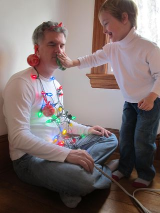 Kids-decorate-dad-6