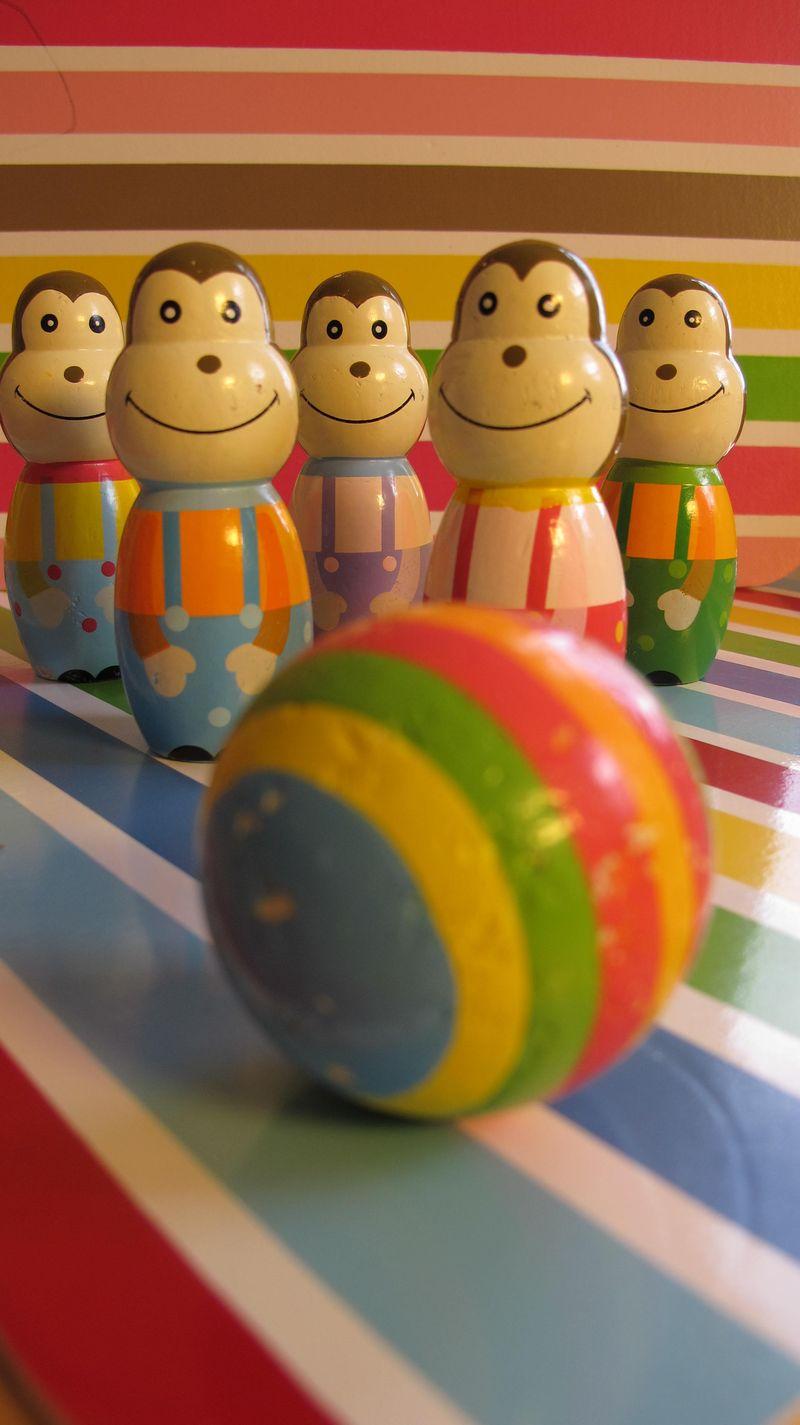 Striped-monkey-bowling