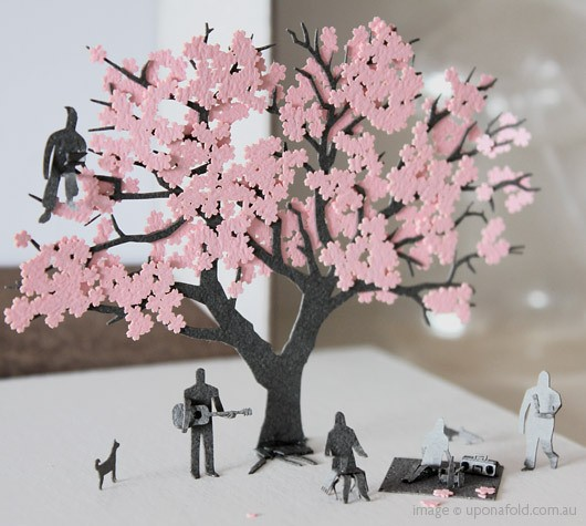 Cherry-tree-in-blossom-paper-model-kit