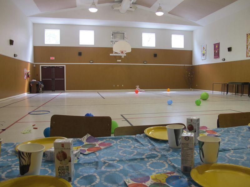 Big-empty-hall