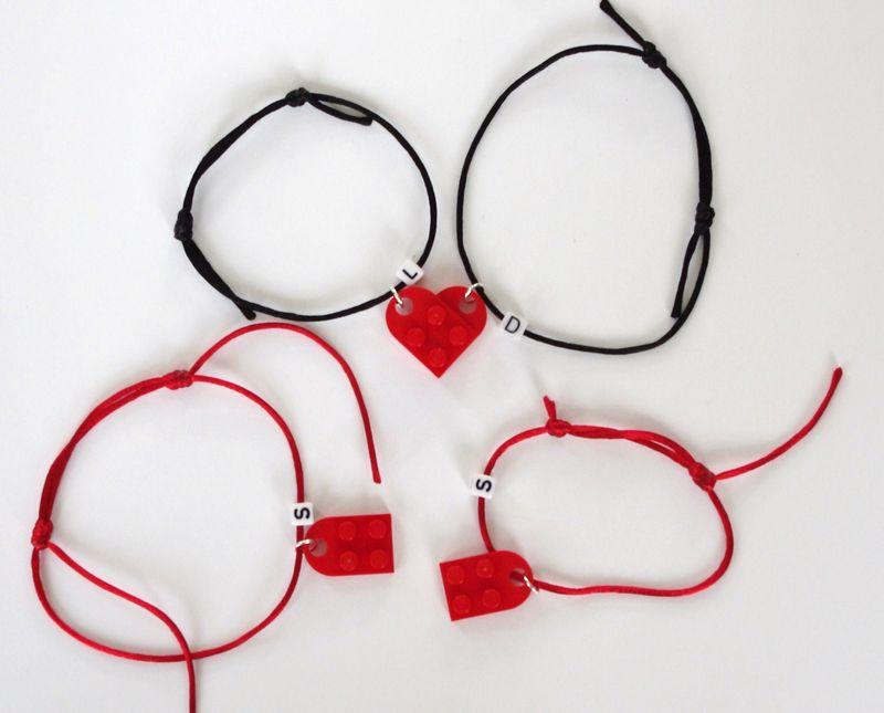 Lego-hearts-bracelets