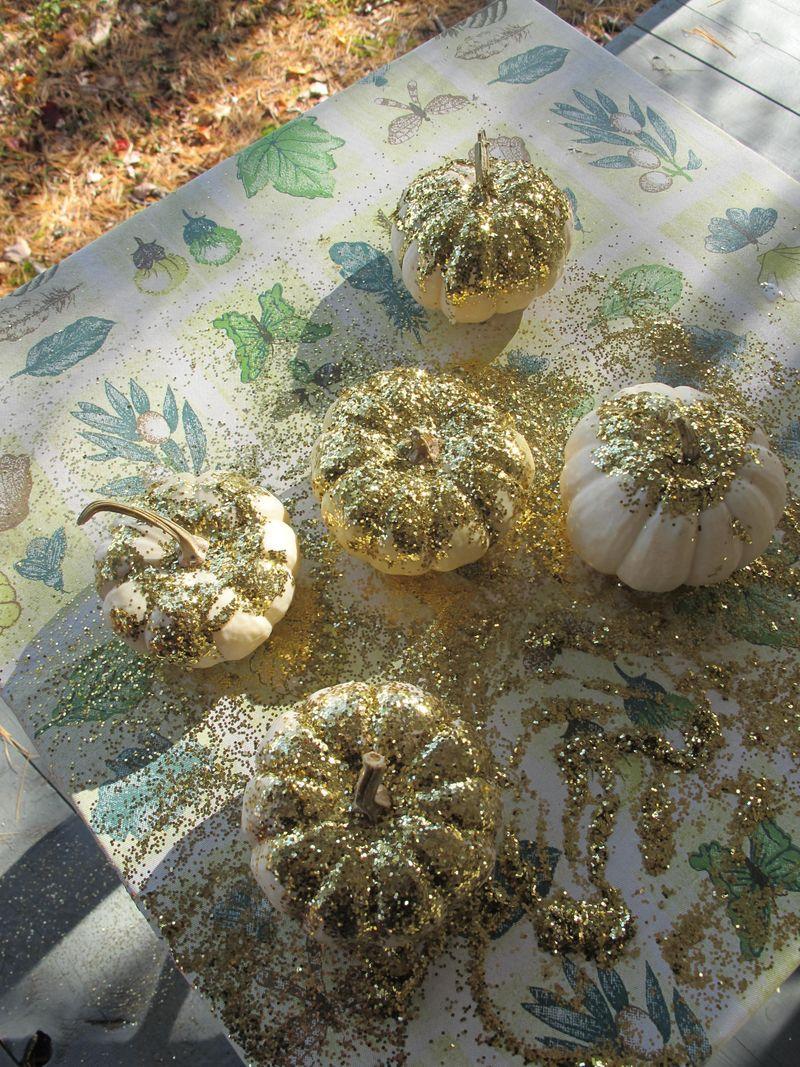 Glitter-pumpkins-5