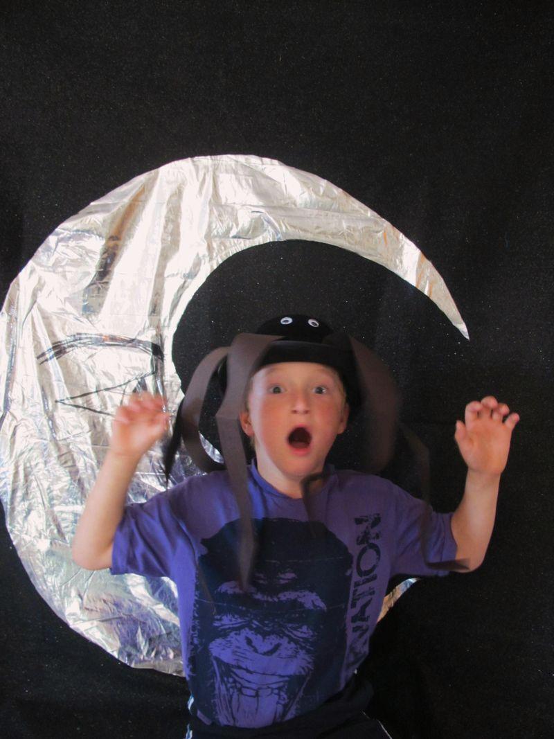 Luke-the-moon-spider-hat