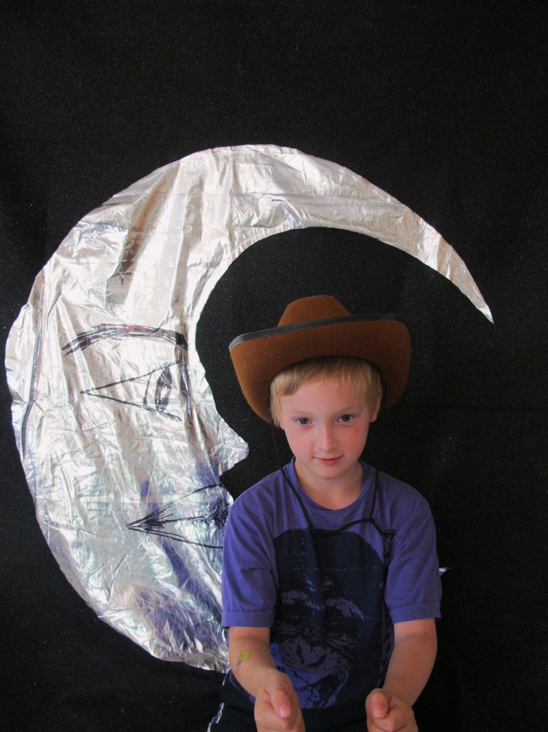 Luke-the-moon-cowboy-hat