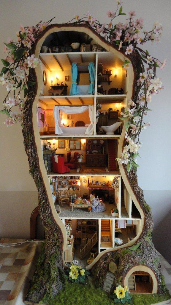 Miniature-mouse-house
