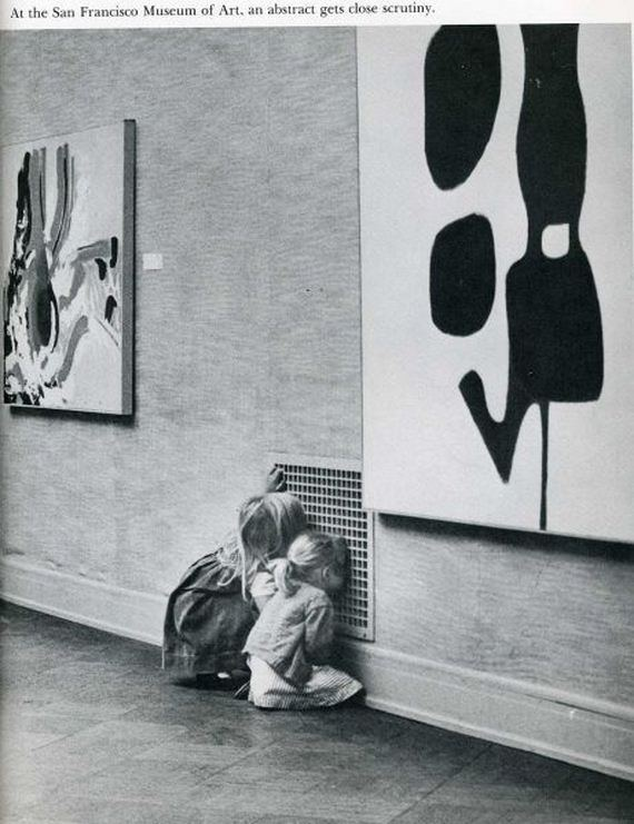 Children-not-looking-at-modern-art-in-sfmoma1