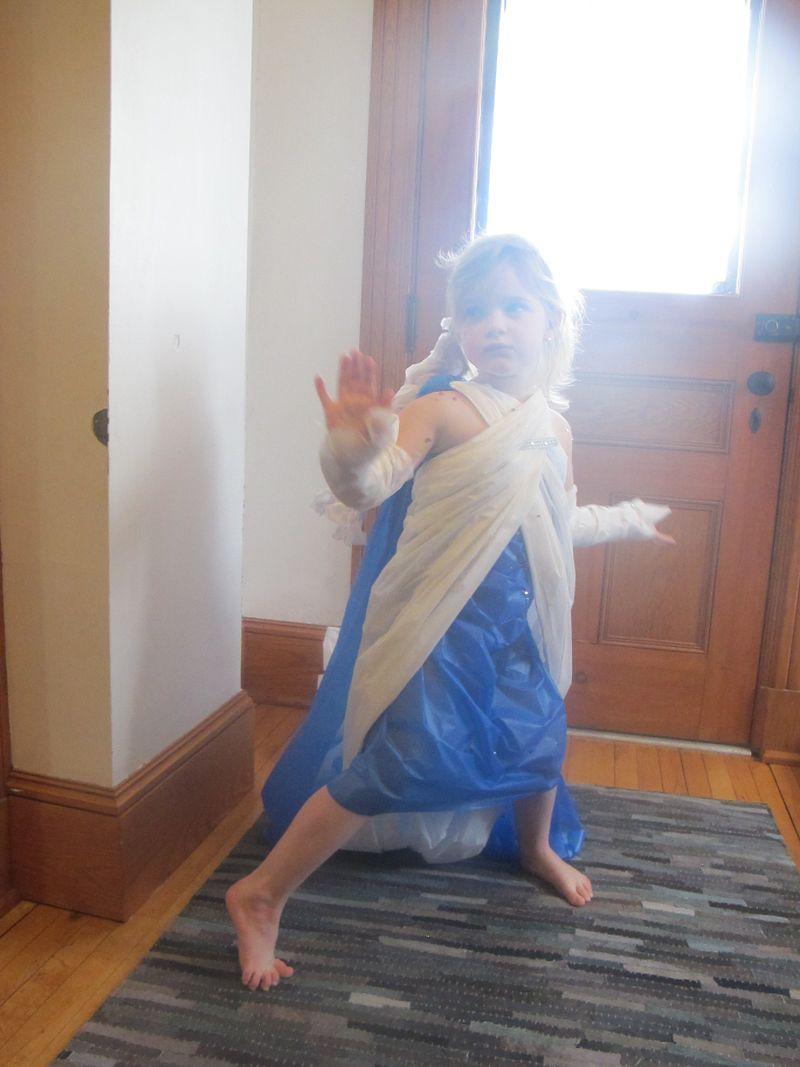 Elsa-attitude-3