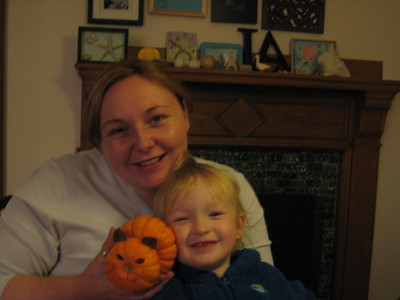 Holly_and_luke_and_the_pumpkin_cat