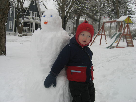 Luke_and_snowman